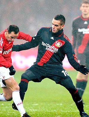 Renato Augusto na partida do Bayer Leverkusen contra o FC Cologne (Foto: EFE)