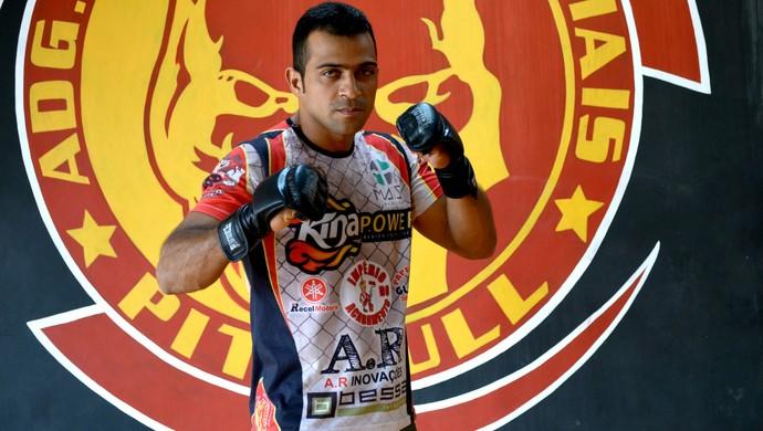 Soldado, lutador de MMA, 30 anos, participou de todas as edições do Amazon Combat (Foto: Quésia Melo)