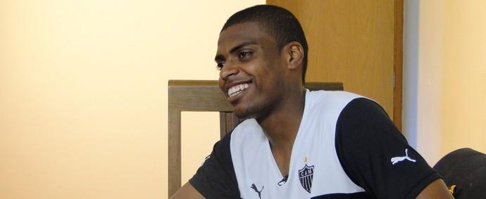 Jemerson fala sobre a ainda curta carreira como jogador de futebol (Foto: Tayrane Corrêa)