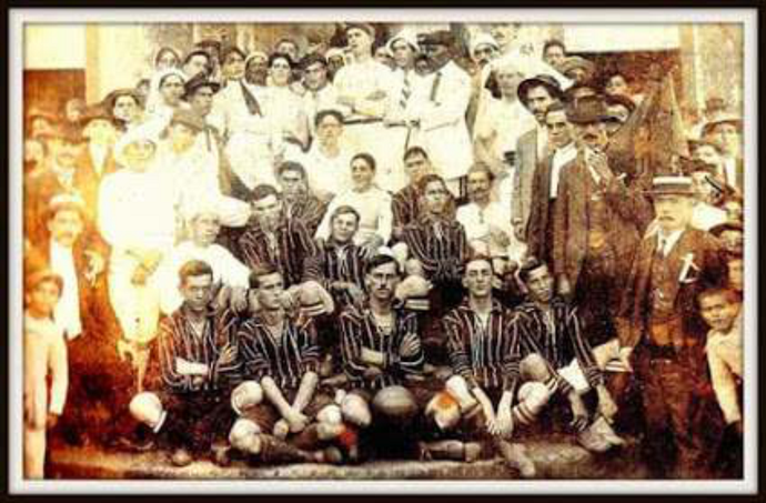 Time do Corinthians em 1915 (Foto: Divulgação / Corinthians)