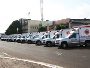 24 veículos foram entregues em outubro de 2014 (Foto: Agência Amapá)