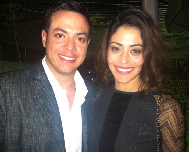 Os campeões Leandro Azevedo e Carol Castro (Foto: Domingão do Faustão / TV Globo)