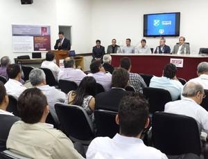 Diretoria do Taubaté apresenta projeto para Centenário (Foto: Divulgação)