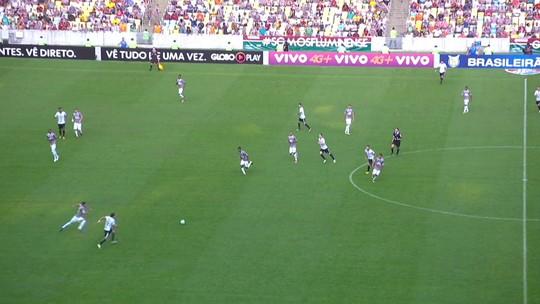 Abel se diz chateado com derrota do Flu: ''Eles venceram como Corinthians''