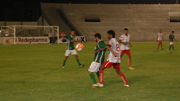 Serrano x Auto Esporte, Amigão (Foto: Silas Batista / GloboEsporte.com)