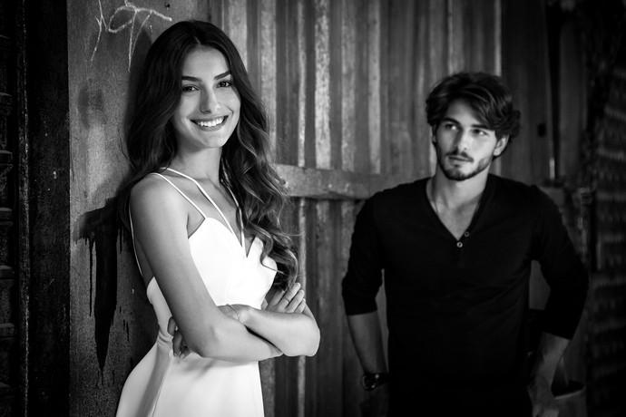 Roger e Luciana começam namoro fake para fazer ciúme em Rodrigo. Mas será que vai dar certo? (Foto: Fabiano Battaglin/Gshow)