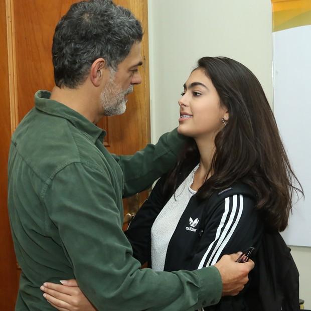 Eduardo Moscovis e a filha Sofia (Foto: Roberto Filho/Brazil News)