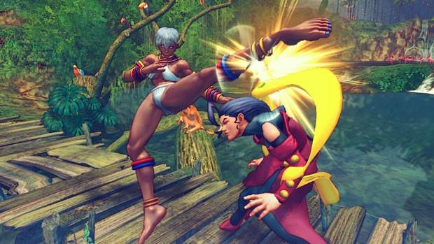 Elena (à esquerda) em confronto com Rose (Foto: Divulgação/Capcom)