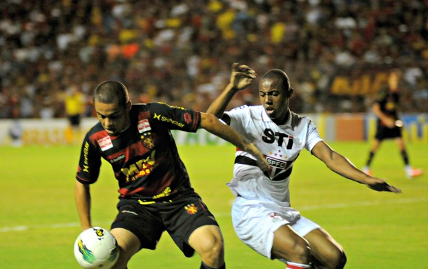 Sport x São Paulo (Foto: Antonio Carneiro/Pernambuco Press)