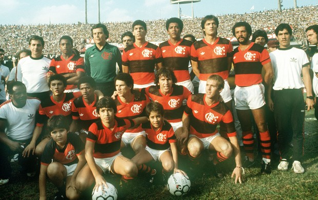 Especial Zico 60 anos - Flamengo 1983 (Foto: Gazeta Press)