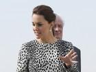 Kate Middleton exibe barriguinha de grávida quase imperceptível