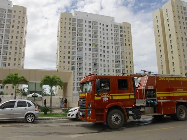 Moradores perceberam que os fossos dos elevadores estavam inundados  (Foto: Flora Dolores/O Estado)