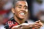 Flamengo vence no Maracanã e tira Internacional do G-4 (André Durão/Globoesporte.com)