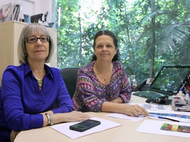 Rosalee Coelho (à direita) e Beatriz Telles atuam no Inpa, em Manaus  (Foto: Jamile Alves/G1 AM)