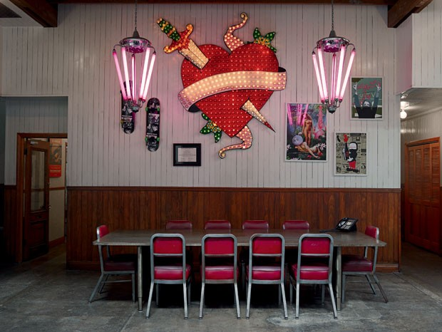Casa e estúdio de David Lachapelle em Los Angeles (Foto: John Schoenfeld / Skor Productio)