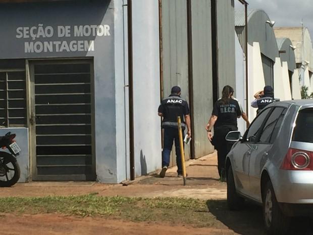 [Brasil] Polícia apura 'esquema de oficinas clandestinas' para aeronaves em MS Edimg_8943