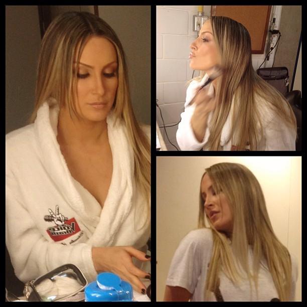 Que cabelo! Claudia Leitte mostra o look antes de gravar o The Voice Brasil (Foto: Reprodução/Instagram)