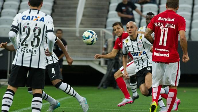 nilmar rafael moura he-man gol inter internacional corinthians (Foto: Alexandre Lops/Divulgação Inter)