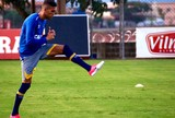 Rafael Marques vai dar mais alternativa de jogo para o Cruzeiro, diz narrador