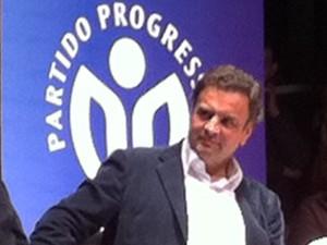 Aécio Neves está em Porto Alegre para participar do lançamento da pré-candidatura de Ana Amélia Lemos ao governo do RS (Foto: Estêvão Pires/G1)