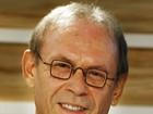 José Wilker comemora sucesso de Jesuíno na web: 'Me divirto!'