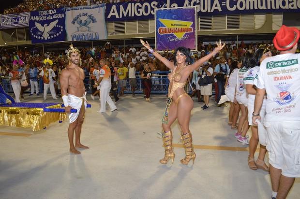 Carla Prata mostra corpo sensual (Foto: Rodrigo Mesquita / Divulgação)