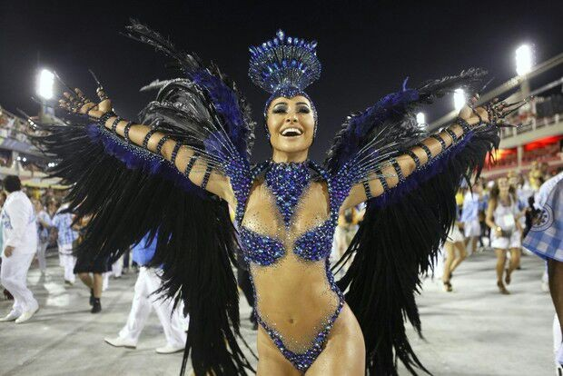 Sabrina Sato - Vila Isabel (Foto: Divulgação)