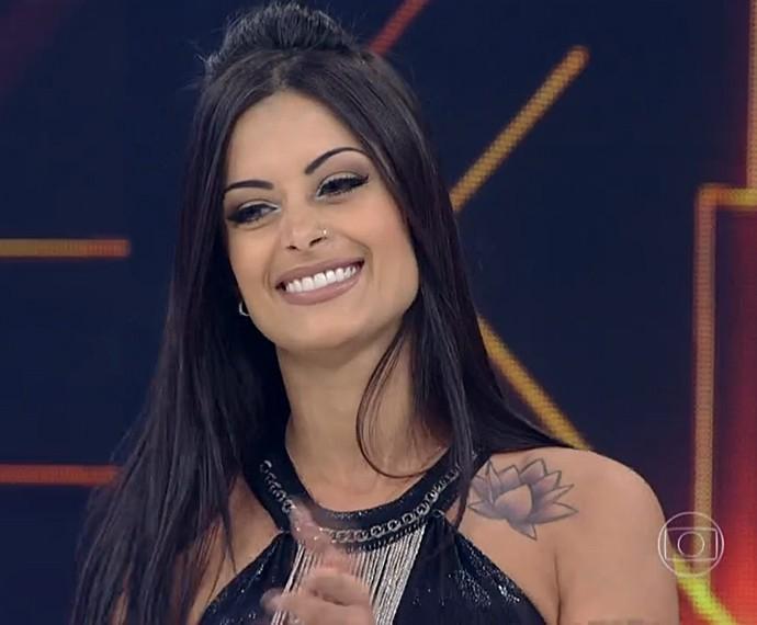 Aline Riscado no dia da sua despedida do programa, 14/9/2014 (Foto: TV Globo)
