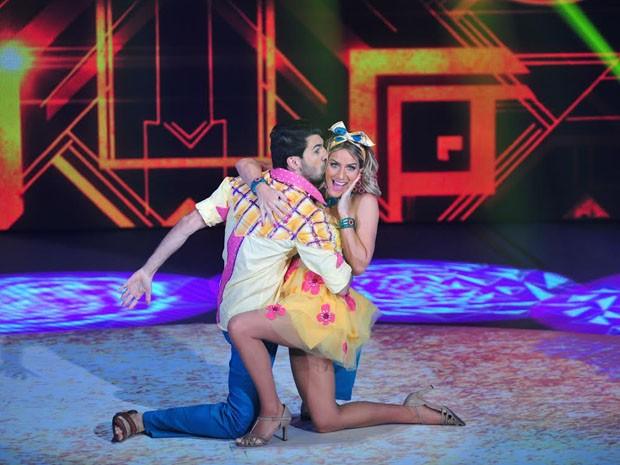 Gio Ewbank mostra todo seu charme na coreografia (Foto: Reinaldo Marques/TV Globo)