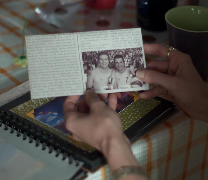 OMG!! Será que um dos dois é o pai da Joana?  (Foto: TV Globo)