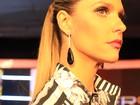 Fernanda Lima aposta em look mais discreto para primeira noite de Duelos