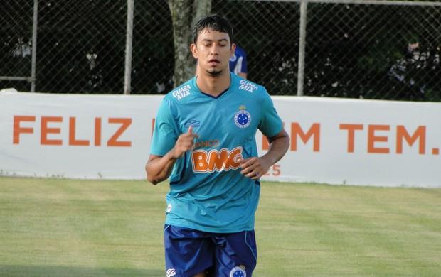 Lucca, meia do Cruzeiro (Foto: Marco Antonio Astoni)