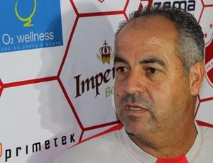 Saran se apresenta ao Vila Nova (Foto: Fernando Vasconcelos / Globoesporte.com)