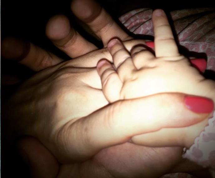 """""""Boa noite! #familia #amor"""", desejou o ator, em uma rede social (Foto: Arquivo Pessoal)"""