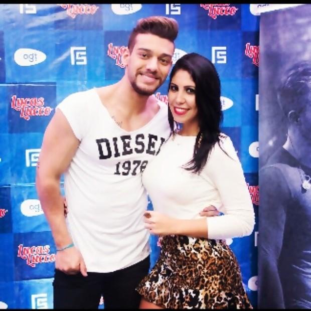 Lucas Lucco e Vanusa Hoppe: 'ficada' depois de foto (Foto: Reprodução/Instagram)