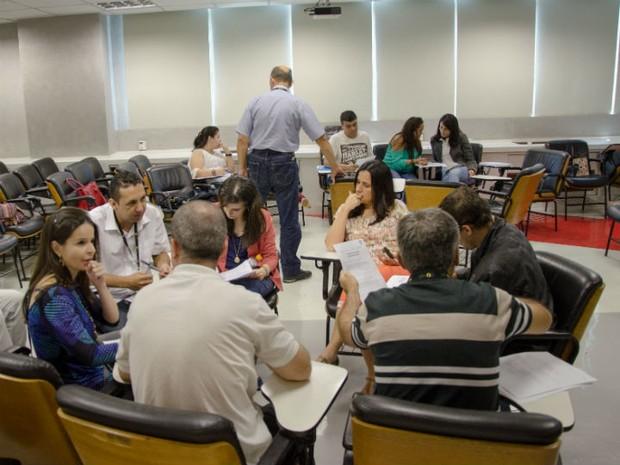 Alunos de da FAPPES em contato com o novo ensino (Foto: FAPPES\ Divulgação)