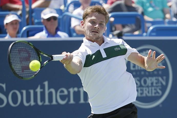 David Goffin contra Djokovic no Masters 1000 de Cincinnati (Foto: AP)