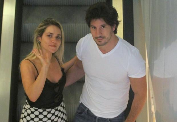 Monique Alfradique e Gabriel Sala (Foto: AgNews)