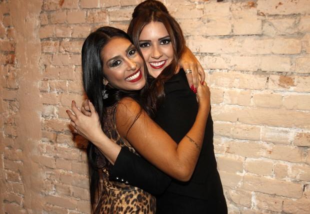 Tamires e Amanda (Foto: Celso Tavares / EGO)
