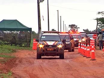 Justiça Federal está notificando as famílias para que deixem terra indígena (Foto: Reprodução/ TVCA)