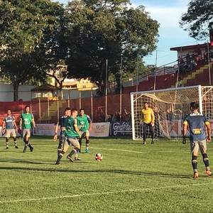 Cruzeiro treina em Teófilo Ótoni (Foto: Aluisio Gonzaga)
