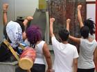 Alunos da Ufes desocupam reitoria após uma semana de protesto
