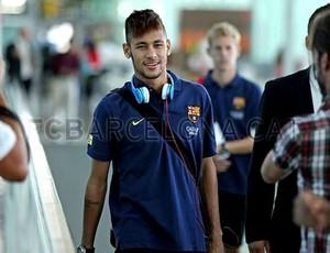 neymar barcelona embarque (Foto: Miguel Ruiz / FC Barcelona)