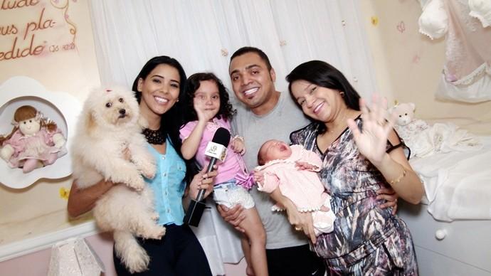Amor é o que não falta na família Tirullipa! (Foto: Produção / Se Liga VM)