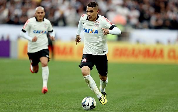 O atacante Paolo Guerrero é a esperança de gols do Corinthians (Foto: Marcos Ribolli / reprodução globoesporte.com)