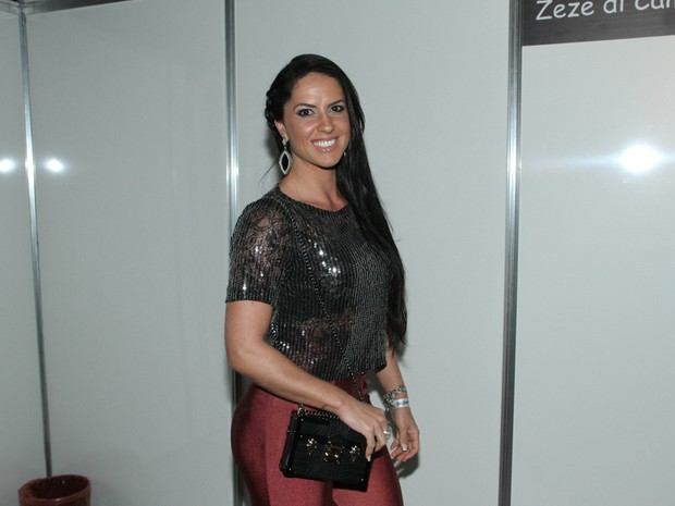 Graciele Lacerda em show em São Paulo (Foto: Amauri Nehn/ Brazil News)