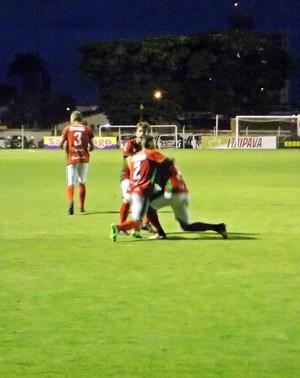Flávio Carioca gol Velo Série A2 (Foto: Reprodução EPTV)