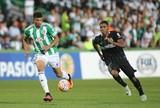 Na lateral do Coritiba, Juninho ganha créditos com Carpegiani na função