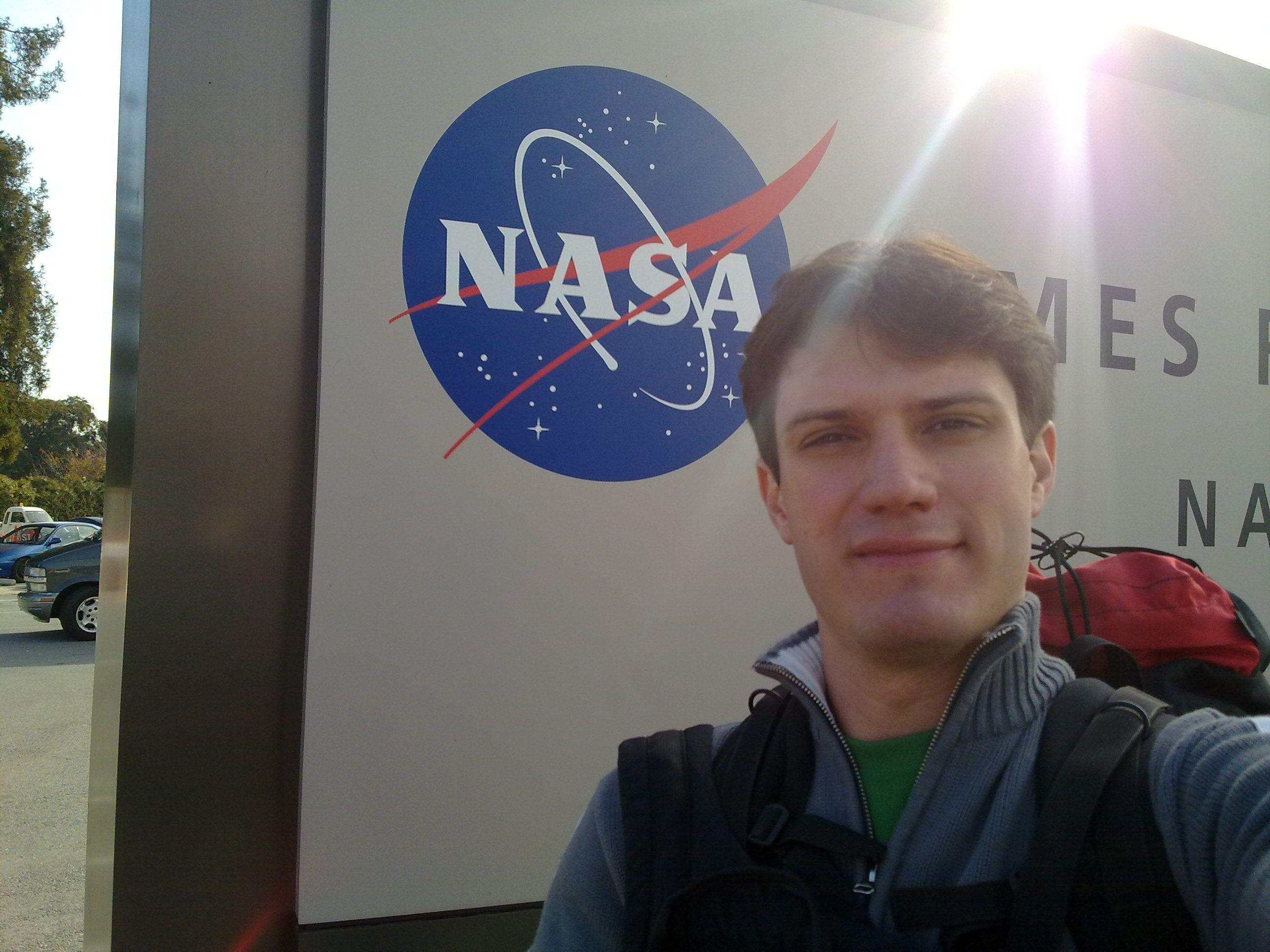 Douglas Galante é pesquisador do Laboratório Nacional de Luz Síncrotron (LNLS/CNPEM) e cientista principal da missão Garatéa-L (Foto: Acervo pessoal)