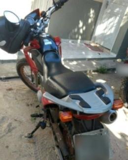 Moto seria trocada por drogas em Lethen, na Guiana (Foto: PM/Divulgação)